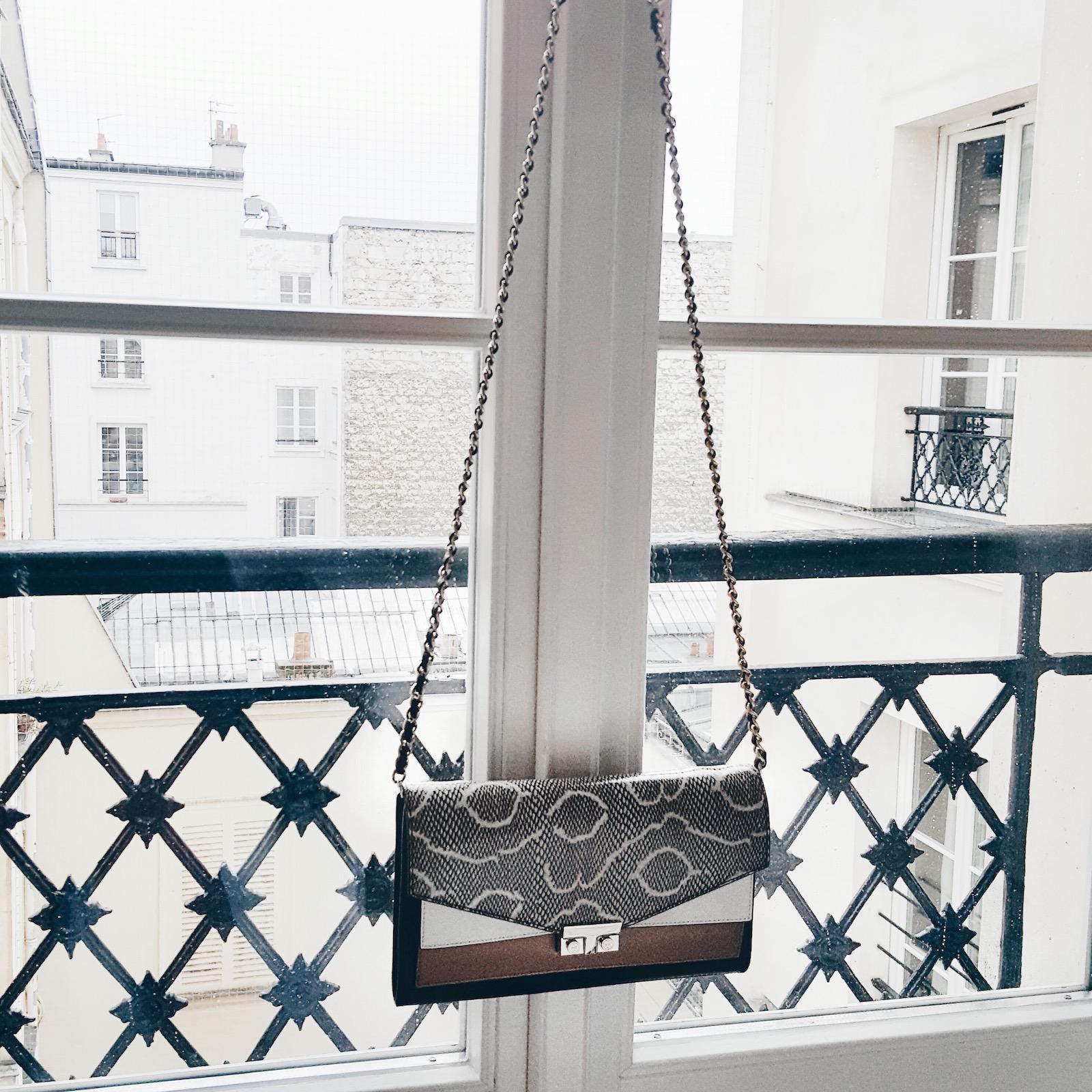 Girls-Paris-Fashionweek10