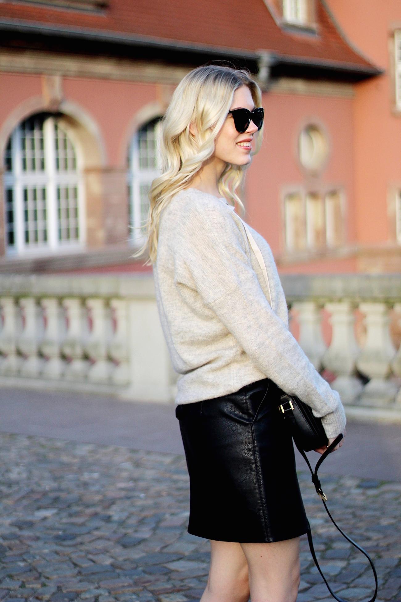 lace-up-sweater-Zara-skirt-Strasbourg-H&M-slipper8