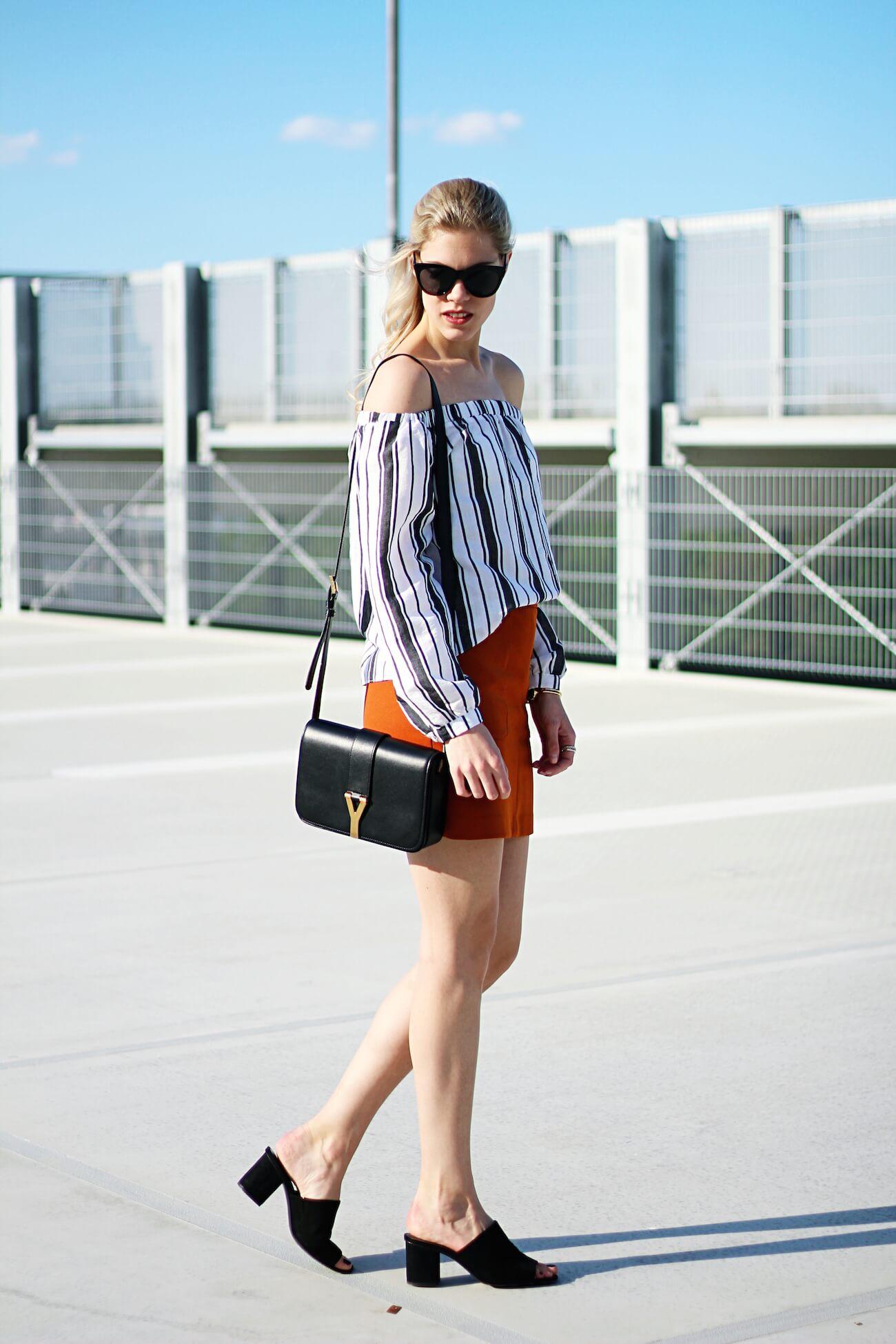 Asos-off-shoulder-blouse-stripes-orange-skirt-H&M-saint-laurent-bag3