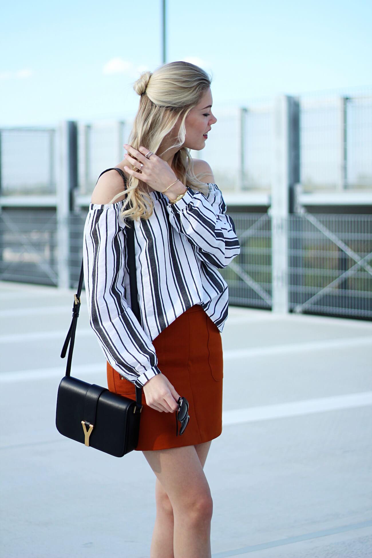 Asos-off-shoulder-blouse-stripes-orange-skirt-H&M-saint-laurent-bag5