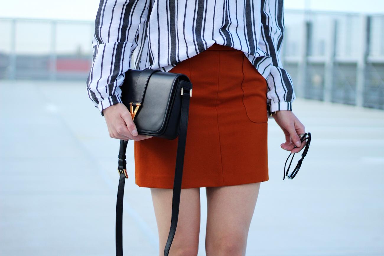 Asos-off-shoulder-blouse-stripes-orange-skirt-H&M-saint-laurent-bag7