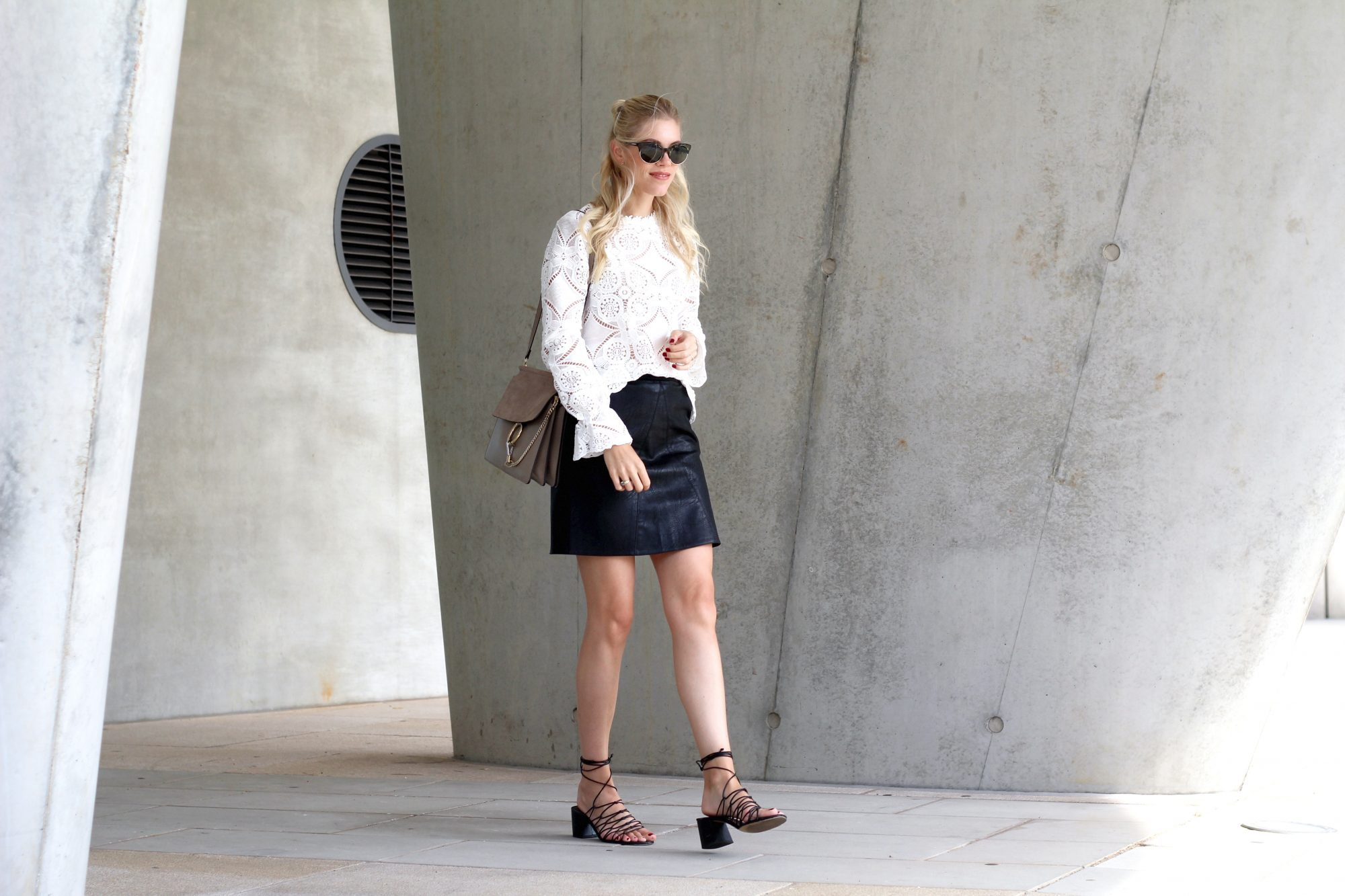 lace_blouse_aboutyou_leather_skirt