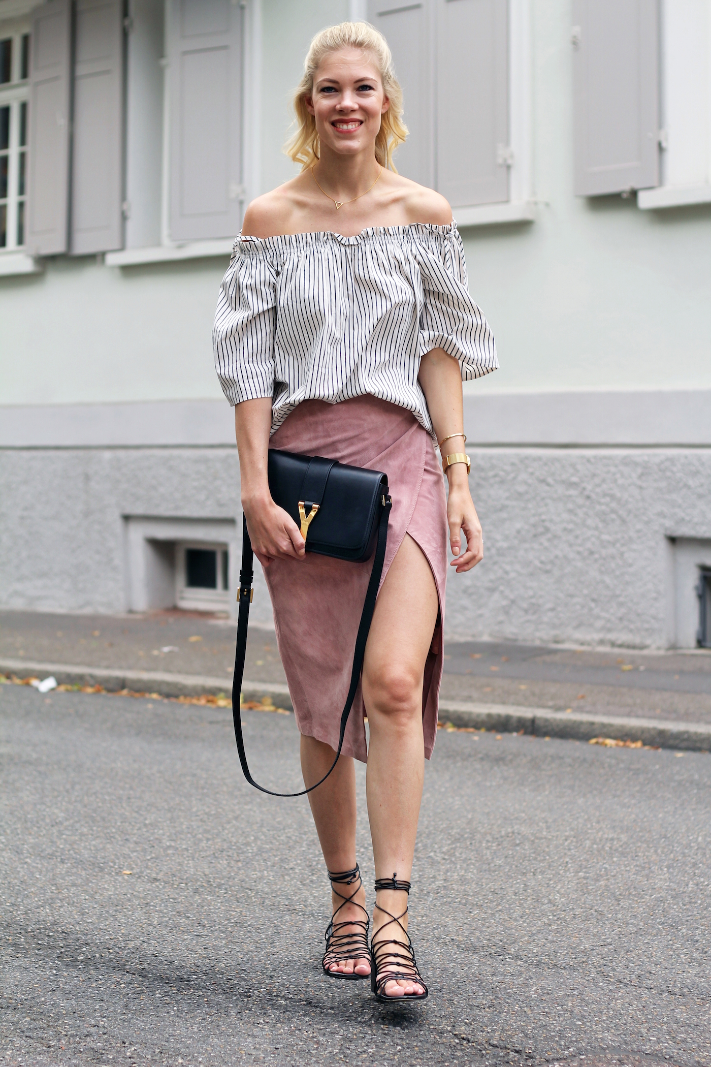 offshoulder_hm_blouse_mango_sandals_somehappyshoes