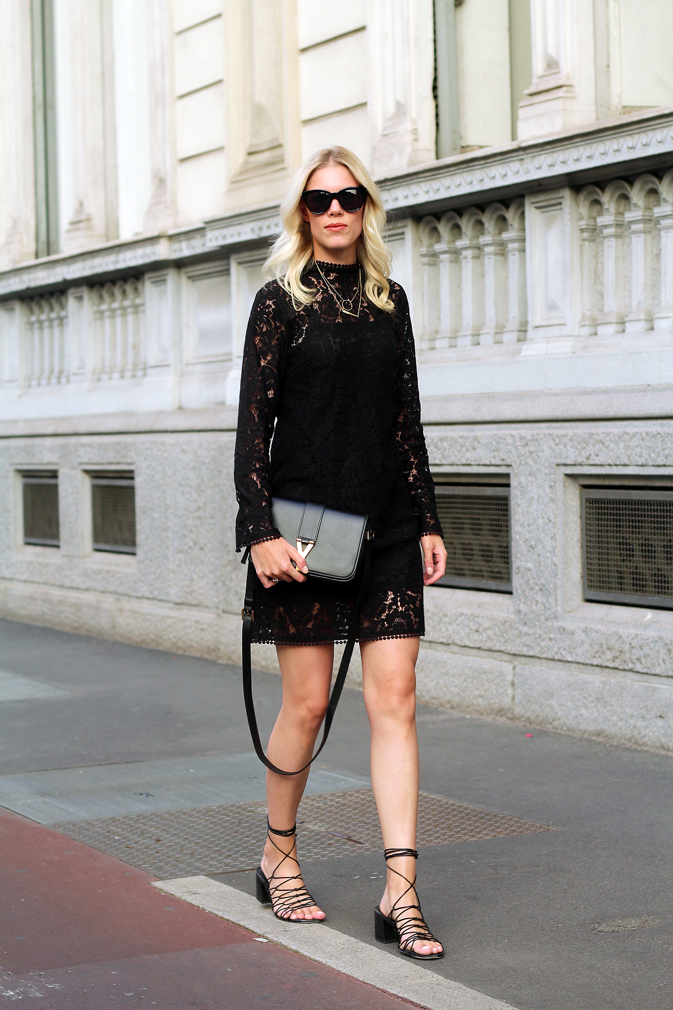 spitzenkleid_hm_dress_lace_somehappyshoes