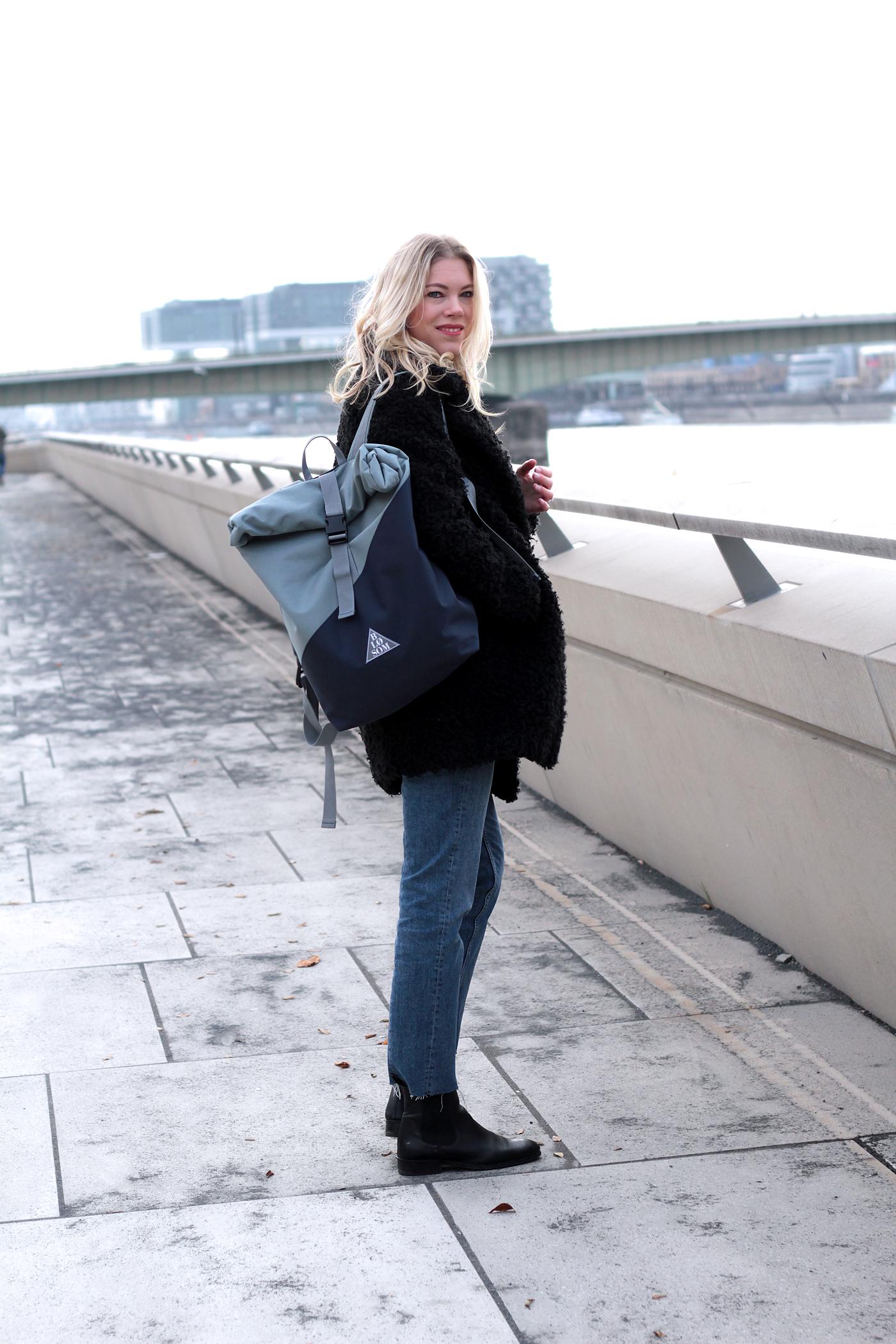 globetrotter_travelblogger_somehappyshoes_blosom_rucksack