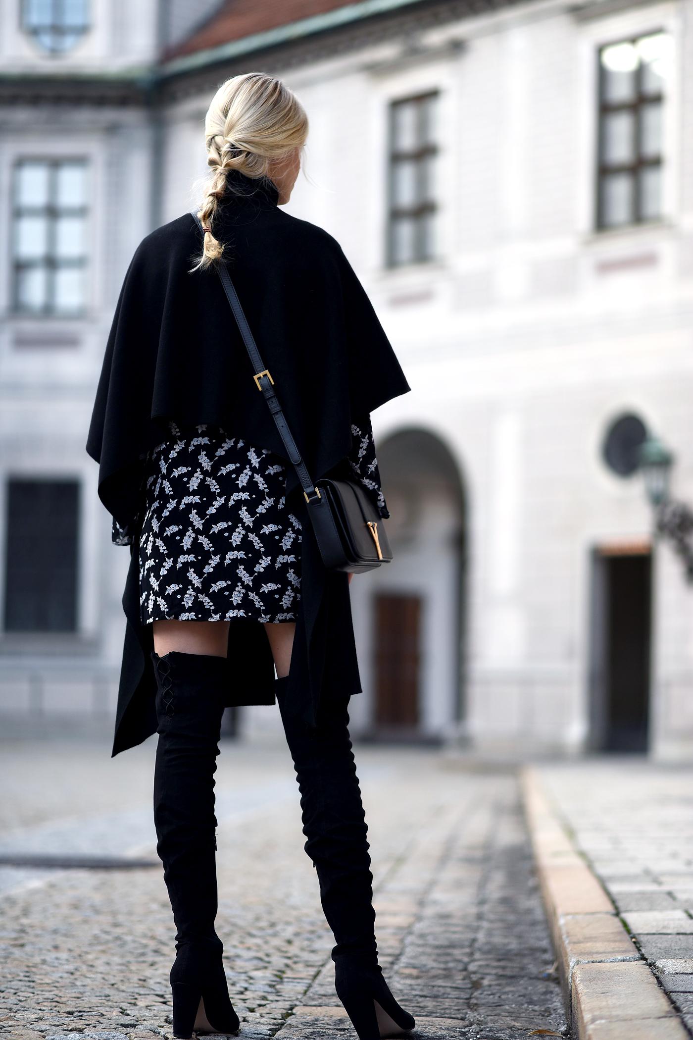 somehappyshoes_fashionblog_ganni_dress_overknees6