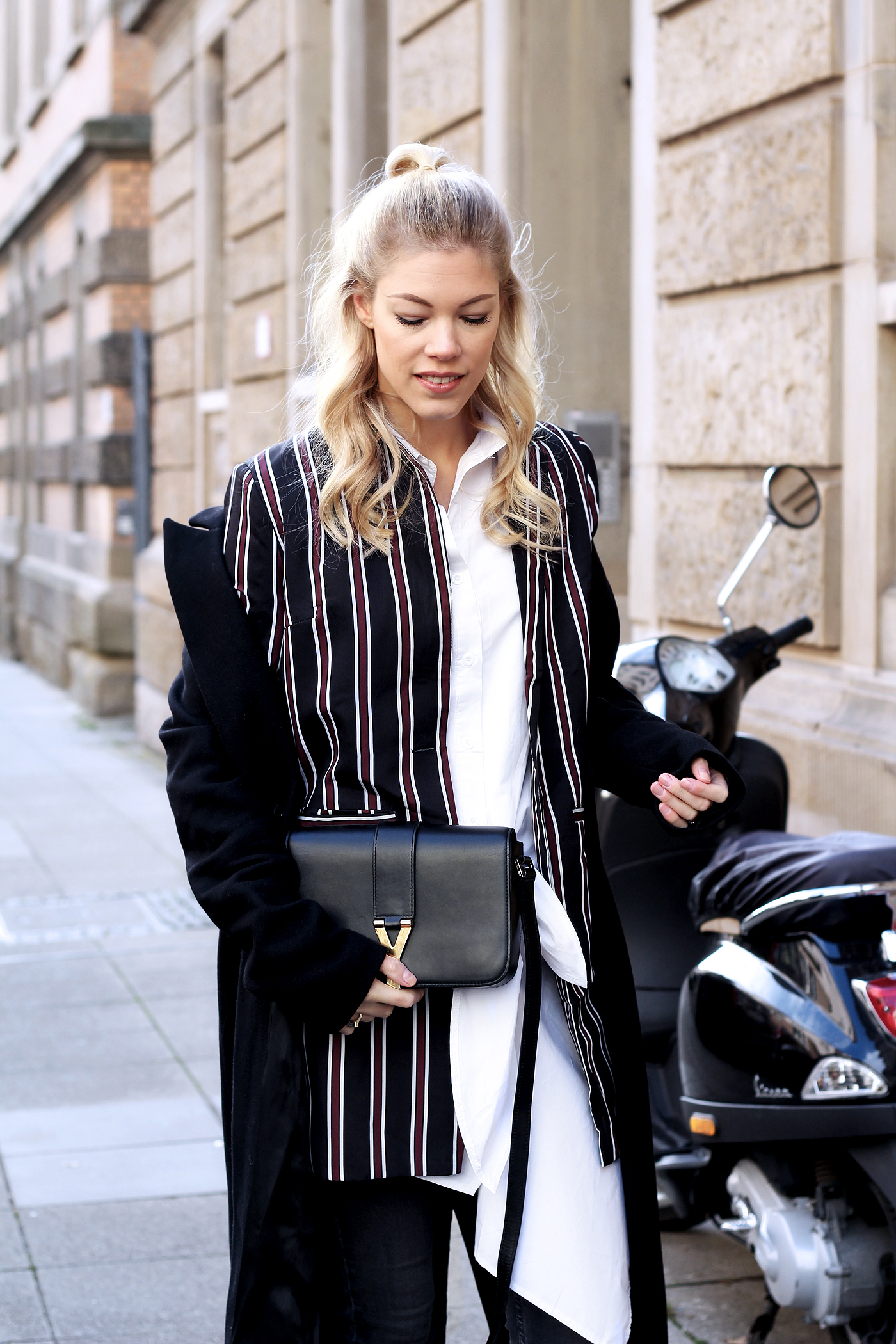somehappyshoes_fashionblog_blazer_saintlaurent_blouse4