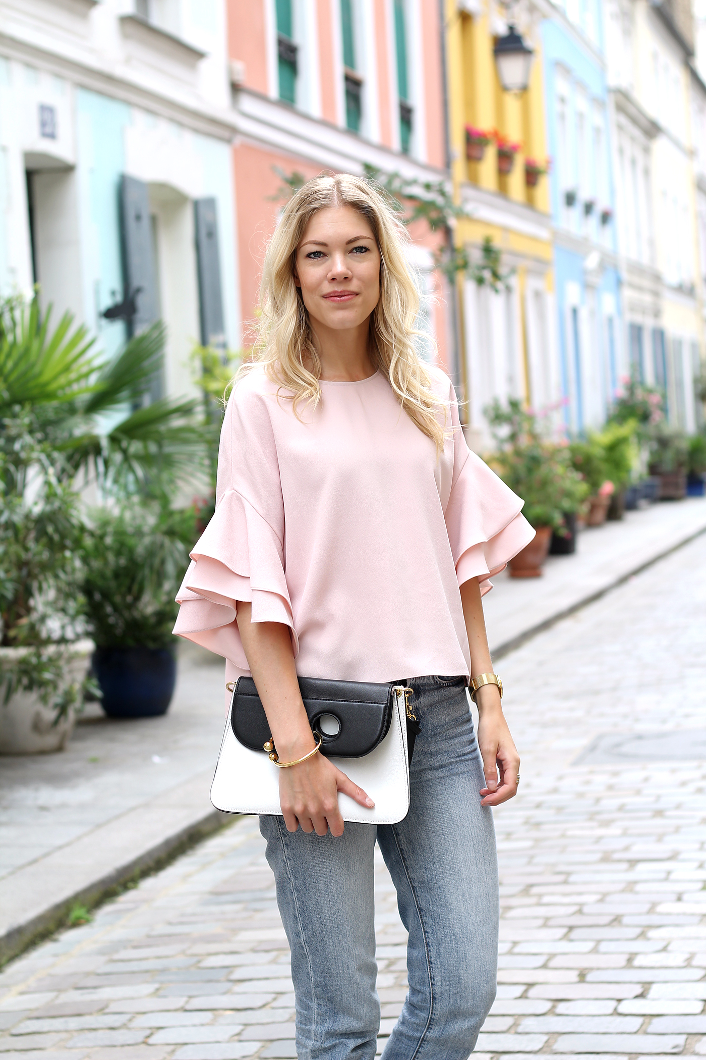 somehappyshoes_fashionblog_zara_volants_top_Paris_J.W.Anderson_pierce_bag2