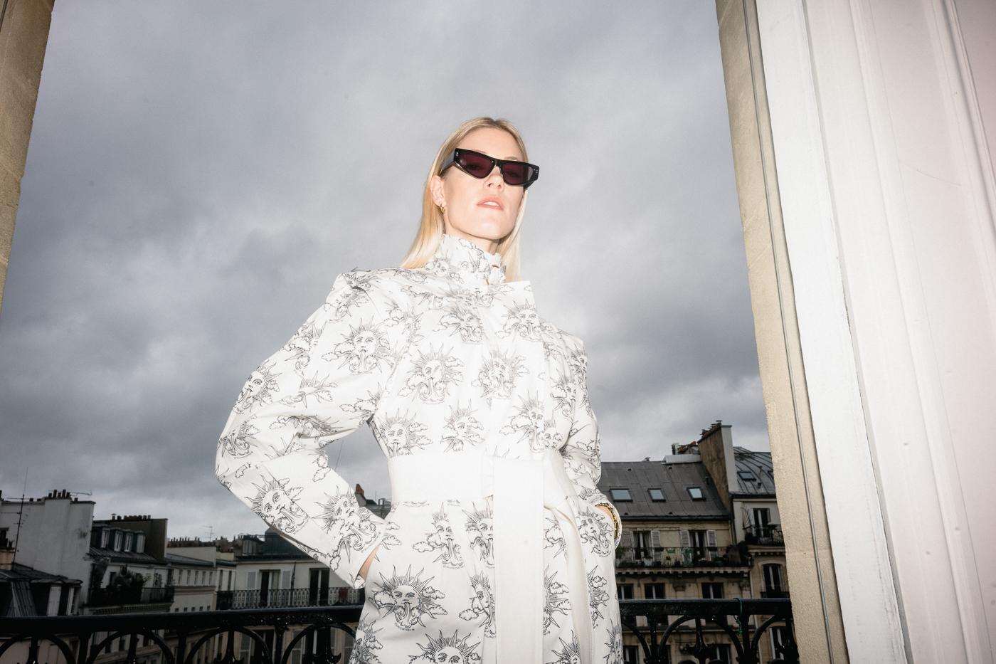 weißes-Kleid-Stella-Fashion-week-Paris-Farfetch