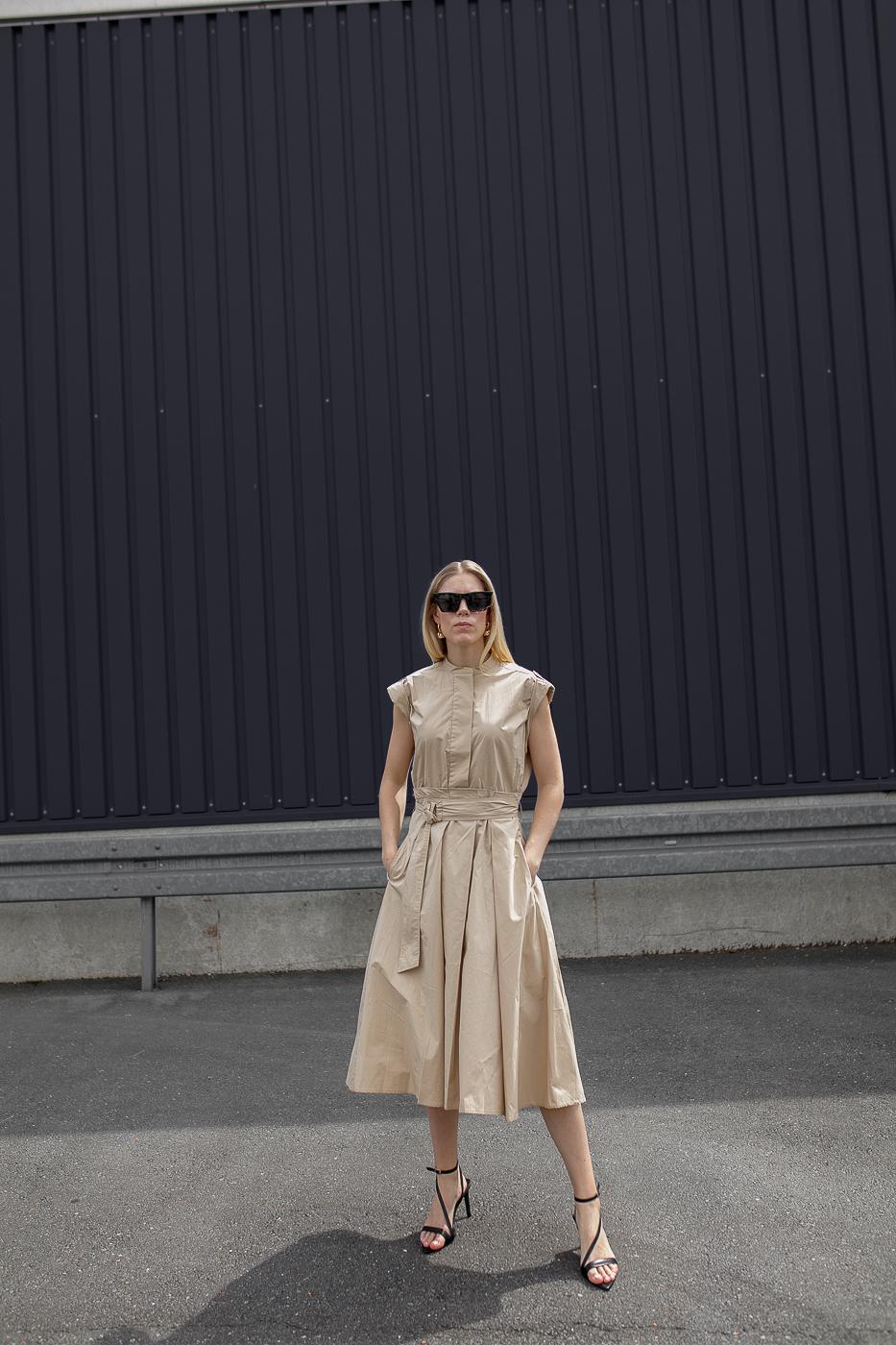 Otrium-Summerdress-beige-Highheels