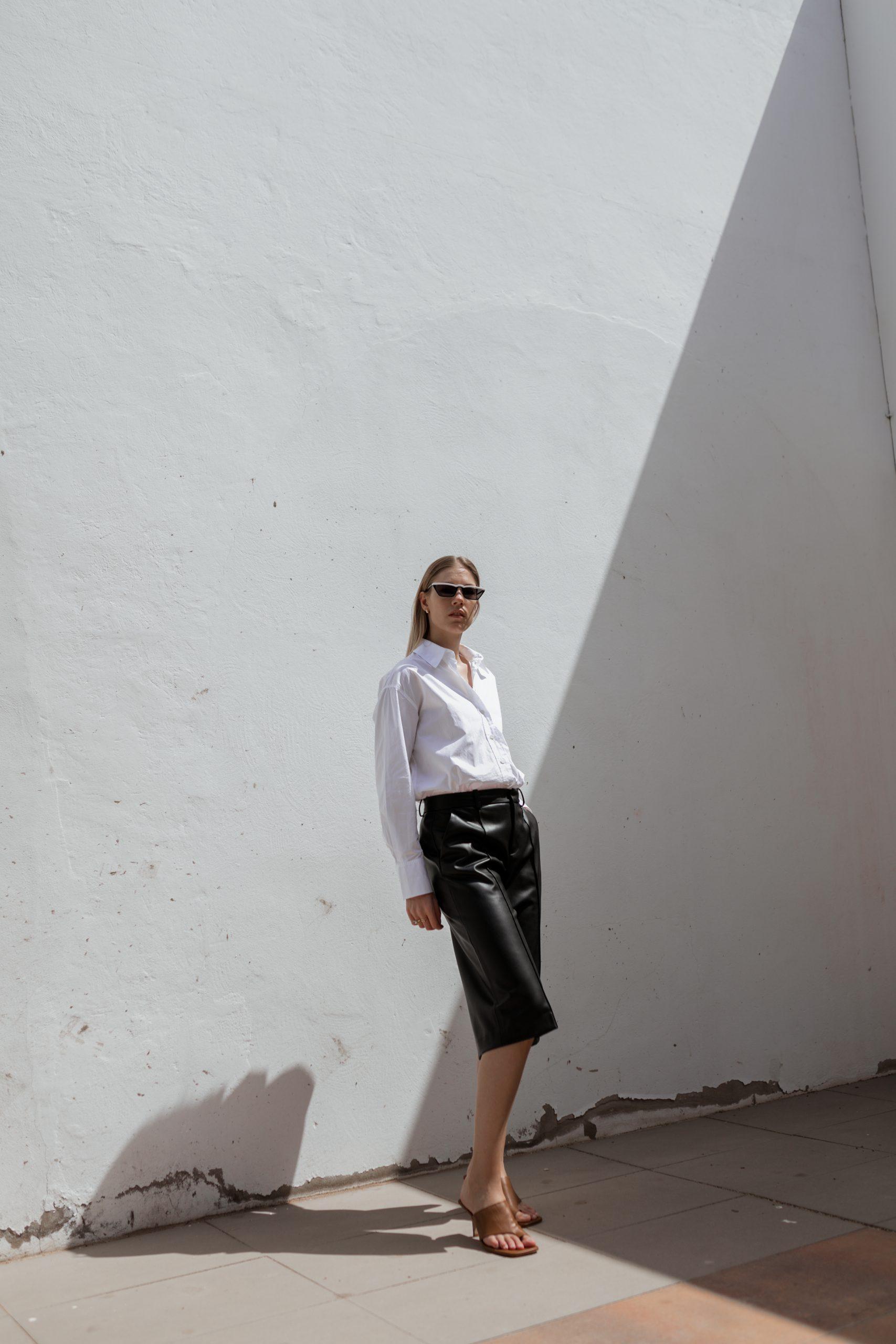 white-blouse-leatherculotte-fuerteventura-2